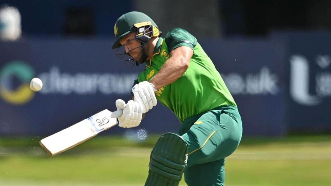 Janneman Malan scored an impressive unbeaten 177 as the Proteas powered to 346/4 in their 50 overs in the third and final ODI against Ireland at Malahide on Friday