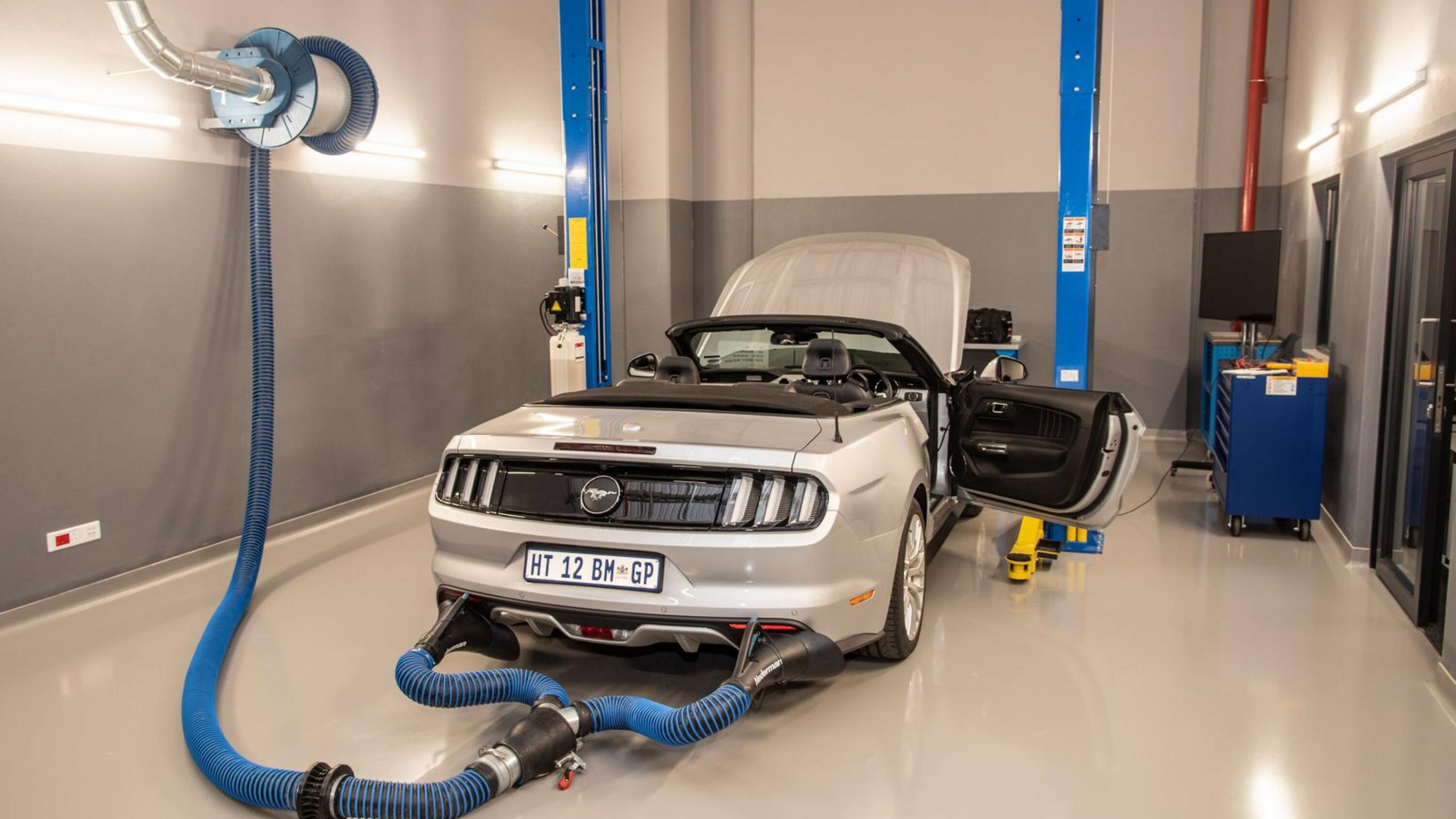 Ford Mustang in for exhaust gas analysis.
