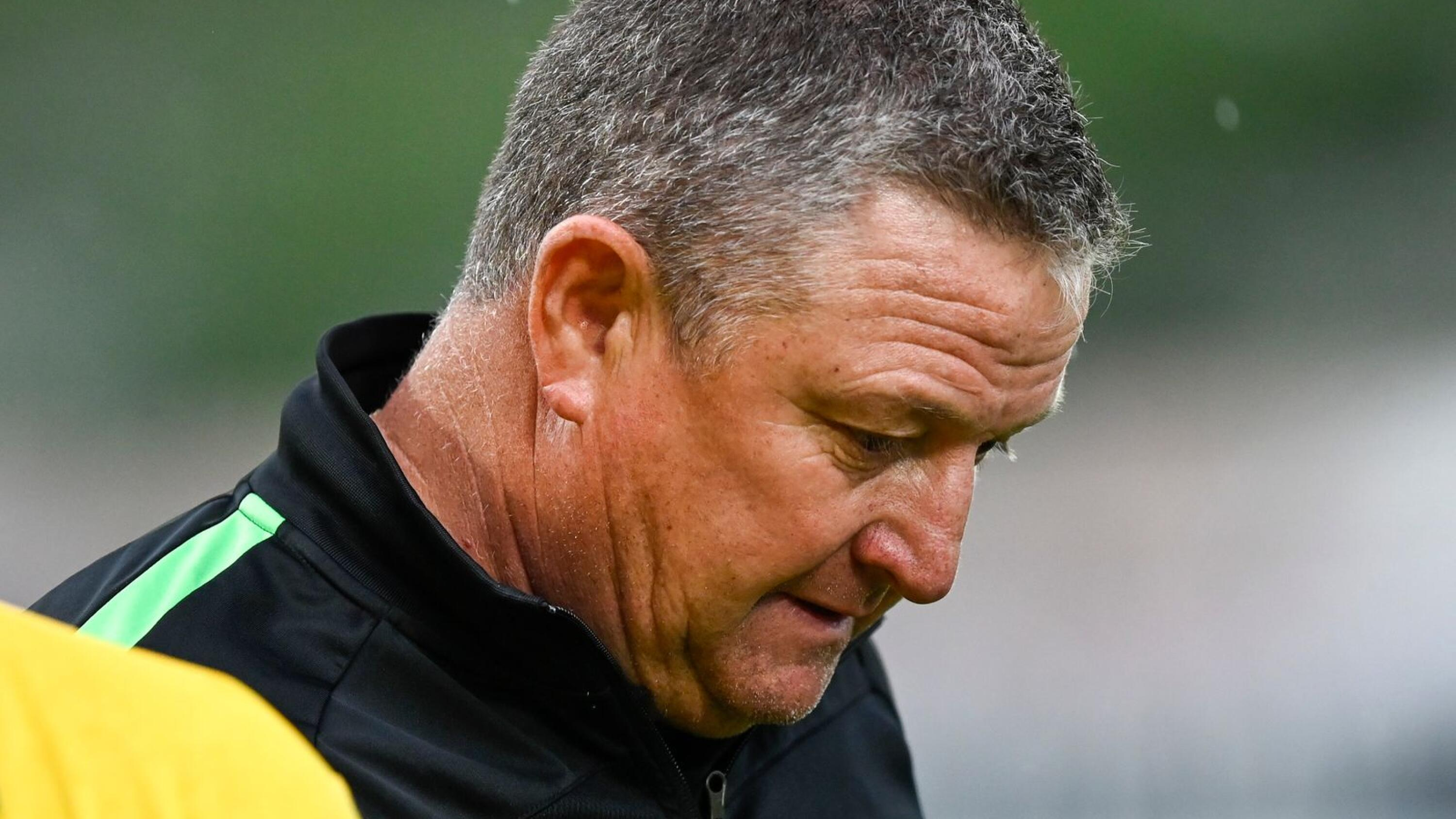 Kaizer Chiefs coach Gavin Hunt looks disappointed