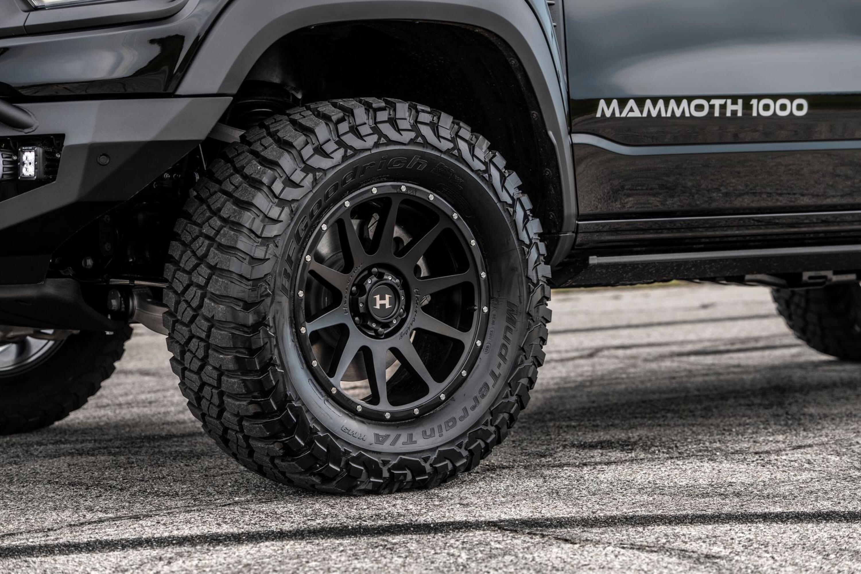 Hennessey Mammoth 1000 TRX