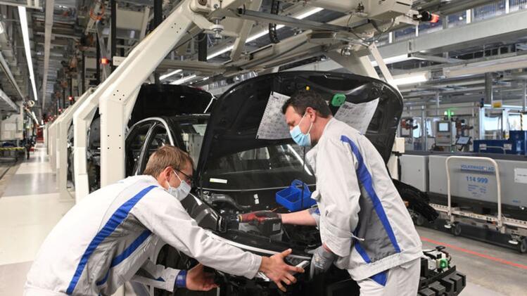 Volkswagen under pressure due to chip shortage